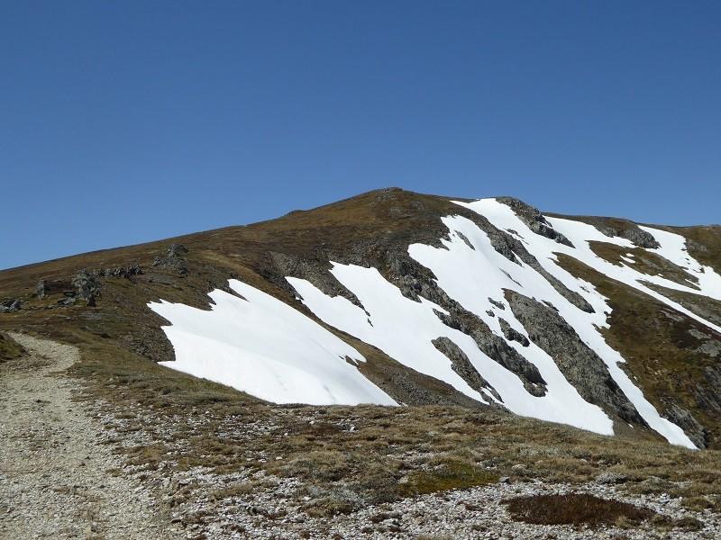 Start of the Main ridge track